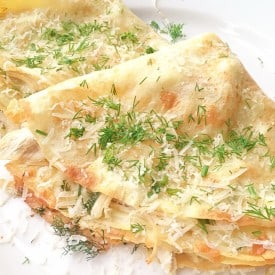 Filled with a mixture of chicken and creamy cheese, this easy crepe recipe will make a great lunch or dinner. Perfect way to use up some chicken leftovers.