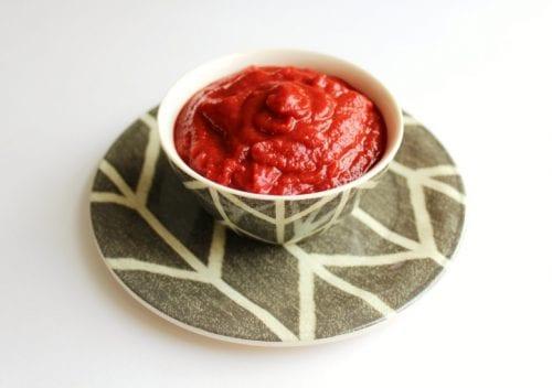 Easy-Homemade-Ketchup-4-1024x721