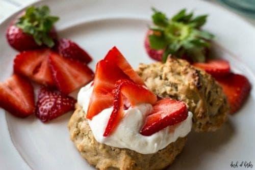 strawberry-lemon-shortcakes-1