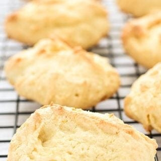 Easy-coconut-cookies_680px