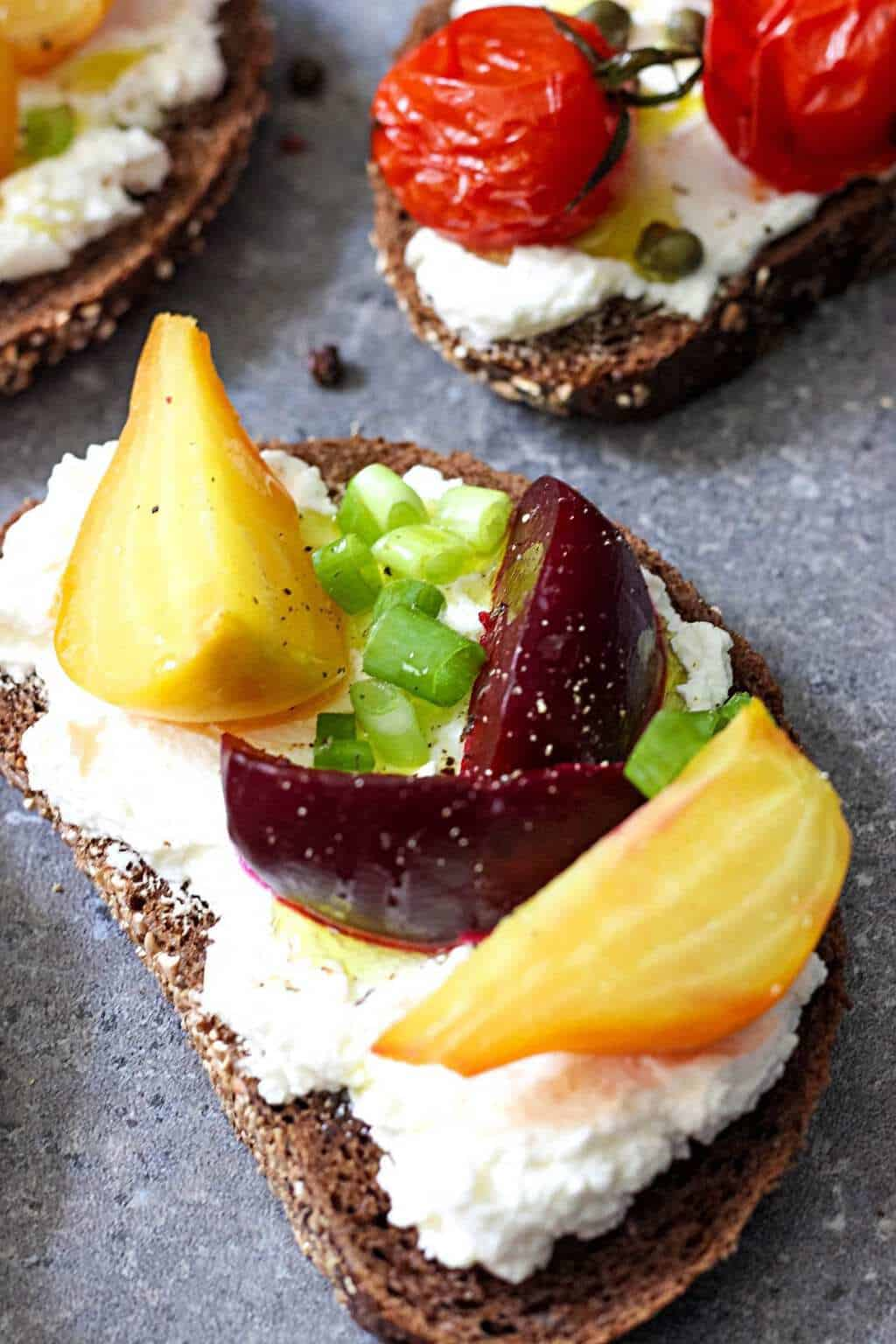 open-faced-sandwiches-with-beets