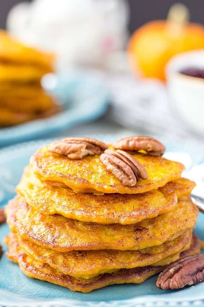 Is it a breakfast yet? These Mini Pancakes with Pumpkin and Apples can be prepped in no time. They are naturally sweet, flavorful and extremely delicious.