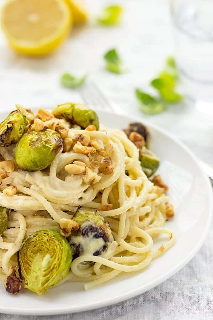 Brussels Sprouts pasta | How to make vegan Alfredo sauce | Brussels Sprouts pasta recipes | Vegan Alfredo sauce cashew