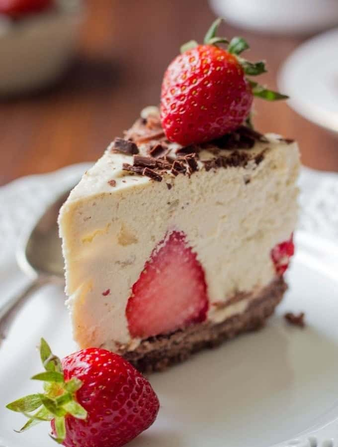 Easy No-Bake Strawberry Cheesecake | Homemade Strawberry Cheesecake | Easy Strawberry Cheesecake | No-Bake Strawberry Cheesecake Recipe