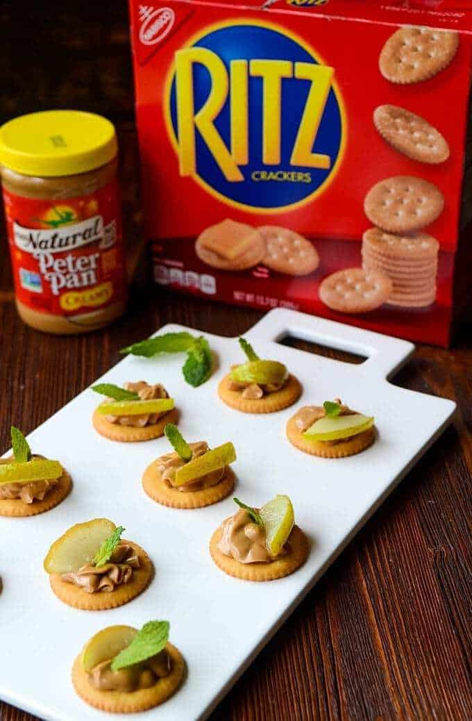 Simple ritz cracker appetizers with cream