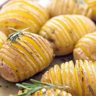 Best Hasselback Potatoes (Beautiful Potato Side Dish)