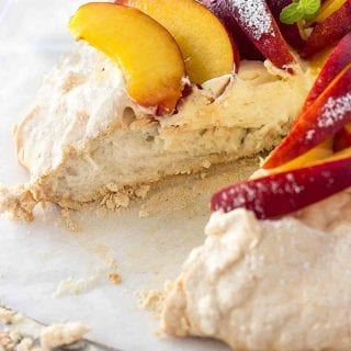 Peach Pavlova – Easy Pavlova Recipe