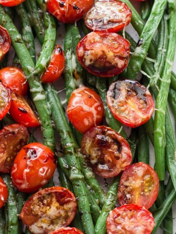 Green beans, tomatoes and balsamic vinegar reduction
