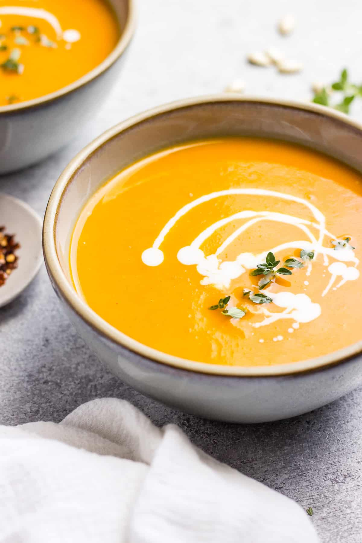 Vegan roasted tomato, garlic and butternut squash soup