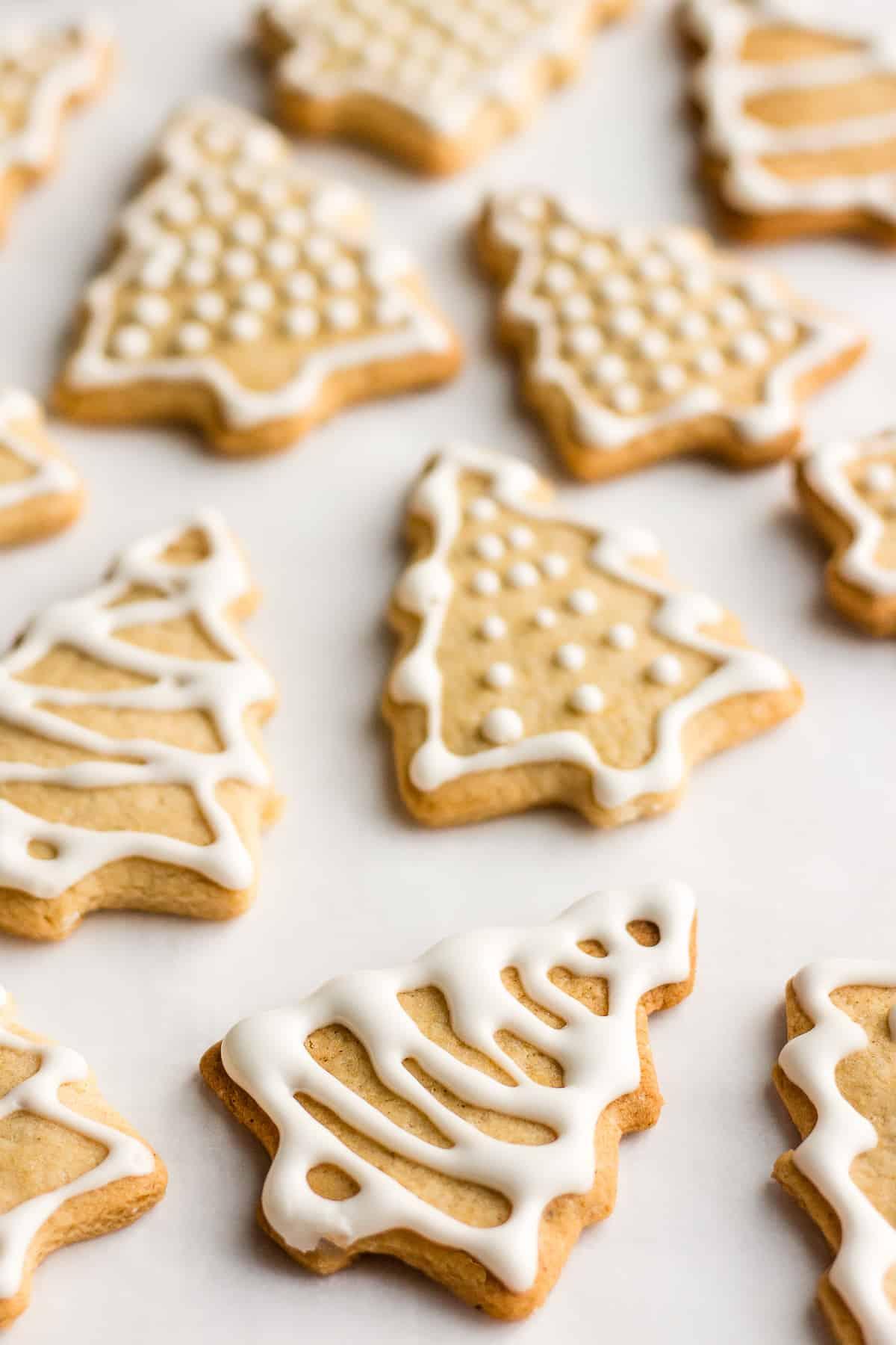 Overhead shot of vegan ginger spice cookies