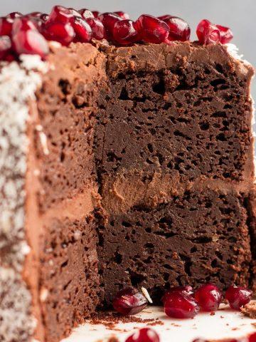 Mini Vegan chocolate cake featured image