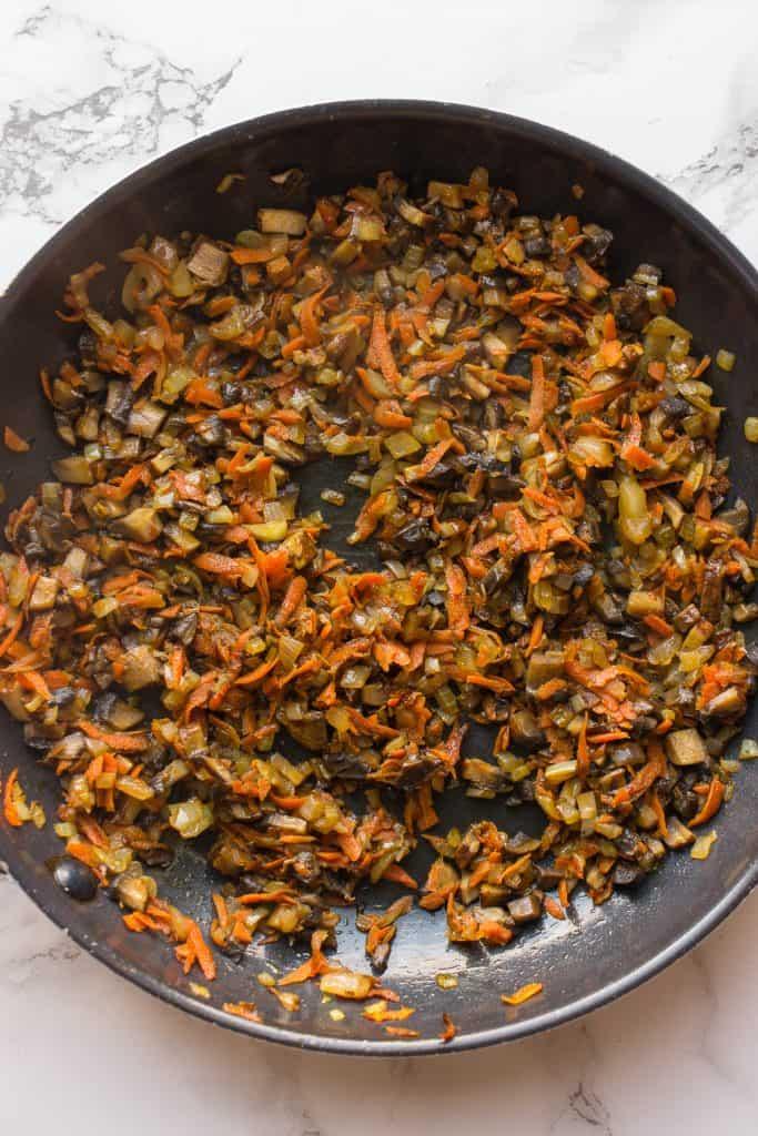 Cooking mushroom for the mushroom meatballs